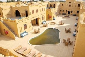 فندق «البيت» في قلب الواحات البحرية بمصر