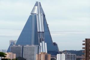 إنشاء أطول فندق في العالم بكوريا الشمالية