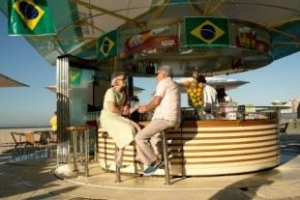 Brazilian Tourists Spending Time, Money in Florida