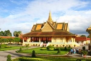Les Vietnamiens, premiers touristes au Cambodge
