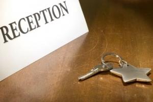 Un tiers des voyageurs d'affaires européens réservent leur hôtel via une agence en ligne