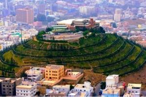 الجبل الأخضر: جذب سياحي لمدينة أبها