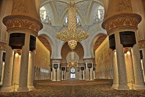 إعجاب زوّار جامع الشيخ زايد