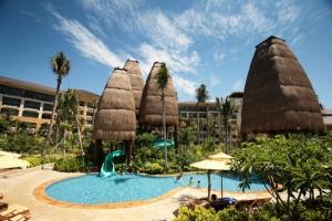 536 فندقا في جزيرة سياحية صينية