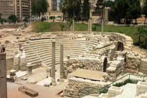 اكتشاف مقبرة أثرية من العصر الروماني