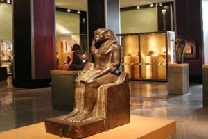 مصر تضع ضوابط جديدة لمعارض الآثار