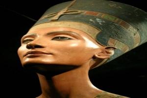 مصر تطلب استعادة تمثال 'نفرتيتى' من ألمانيا