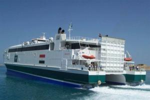 ميناء سفاجا المصري يستقبل سفينة سياحية