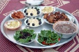 فنادق القاهرة.. حفلات سحور شعبية
