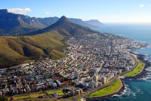 SOUTH AFRICA DEVELOPS NEW TOURIST STRATEGY