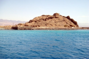 جزيرة تيران كنز أثرى سياحى