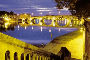 Toulouse va accueillir le plus grand salon professionnel international touristique en 2013 .